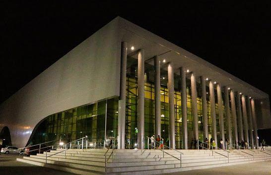 CULTURA - Falta de público no Teatro Candinha Dória preocupa ...